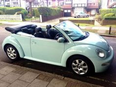 Love this colour New Beetle VW, ahhhhh! <3
