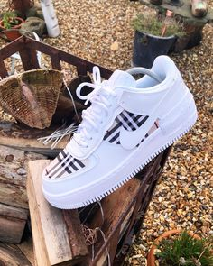 Crepped, custom Nike Air Force 1 sneakers made by professional artists. All our sneakers are made with care. Dr Shoes, Cute Nike Shoes, Swag Shoes, Cute Sneakers, Nike Air Shoes, Hype Shoes, Me Too Shoes, Nike Custom Shoes, Custom Painted Shoes