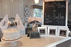 Burlap & Buttons: Our Baby Gender Reveal Party: Its a....