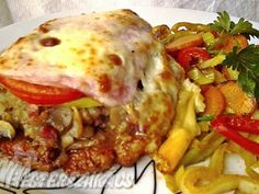 Érdekel a receptje? Croatian Recipes, Hungarian Recipes, Turkish Recipes, Hungarian Food, Food 52, Diy Food, Meat Recipes, Cooking Recipes, Roasted Pork Tenderloins
