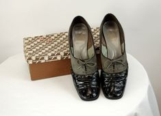 0cc289ef5995c 178 Best Vintage shoes images in 2019 | Fashion vintage, Vintage ...