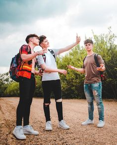 Rye , Jack and Mikey (RoadTrip) Road Pictures, Cute Pictures, Roadtrip Boyband, Brooklyn Wyatt, Tv Funny, British Boys, Cute Gay Couples, Smile Because, The Duff