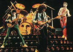 queen the band | ... Queen/Мэй и Тейлор: о музыке и СПИДе Queen