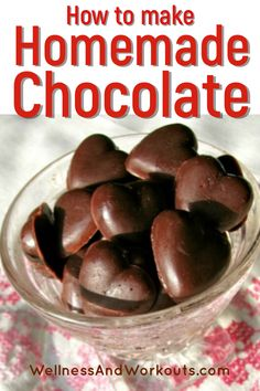 Coconut Oil Chocolate, Homemade Chocolate Bars, Make Your Own Chocolate, Chocolate Candy Recipes, Homemade Candies, Healthy Chocolate, Chocolate Chocolate, Valentine Chocolate, Chocolate Candy Bars