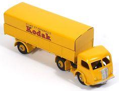 Dinky Foden Lorry Kodak. Pic. credit www.qualitydiecasttoys.com