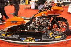 Dell Battle with 2009 Racer, a 2009 H-D Road Glide. | Chicago IMS Ultimate Bike Builder, 3rd Place MOD Harley Class
