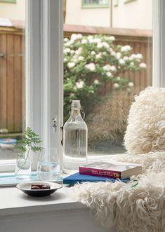 Pequeno sim, apertado nunca. Veja: http://casadevalentina.com.br/blog/detalhes/pequeno-sim,-apertado-nunca-2862 #details #interior #design #decoracao #detalhes #decor #home #casa #design #idea #ideia #charm #charme #casadevalentina