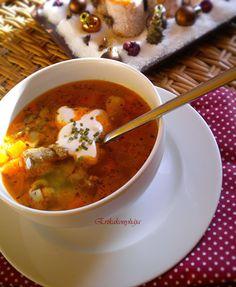 Erika konyhája: KÖLESES KACSALEVES Hungarian Food, Hungarian Recipes, Erika, Thai Red Curry, Quinoa, Soups, Chili, Cooking Recipes, Ethnic Recipes