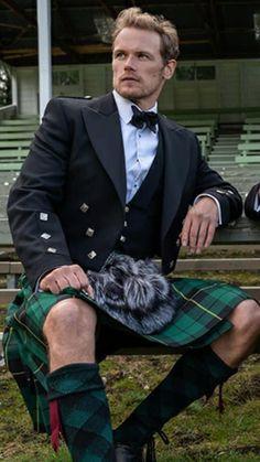 Sam Heughan Outlander, James Fraser Outlander, Sam Hueghan, Sam And Cait, Gorgeous Men, Beautiful People, Jaime Fraser, Scottish Actors, Men In Kilts