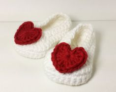 Crochet Slippers Baby Booties Baby Girl Shoes por CutestlittleThing