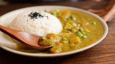 Édesburgonyás-borsós curry