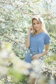 Весенние фотосессии, девушка, цветение, фотосессия в цветущих деревьях, фотосессия в цветущих абрикосах, цветение, фотосессия в цветениях, gerl