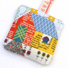 Little Paper Pieced House pattern to download - verykerryberry: Happy House, Happy Two Years