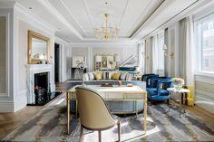 Stupendo soggiorno di lusso, stile neoclassico, con bellissimi soffitti decorati