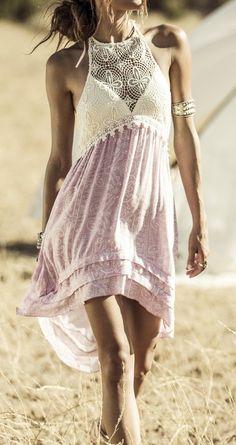 Vestido en lila y crudo