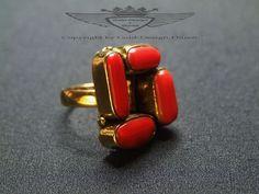 Ring mit Roten Korallen, 24 Karat vergoldet, Gold, mit 4 Korallenstücken,18mm