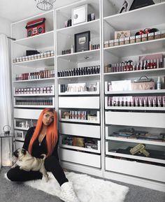 halloween makeup c, makeup for red dress, makeup eraser set, makeup landon cu. Makeup Storage Shelves, Makeup Storage Organization, Make Up Storage, Desk Shelves, Organization Ideas, Storage Ideas, Storage Drawers, Storage Containers, Food Storage