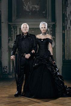 Schwarzes Brautkleid, Hochzeit, Gehrock