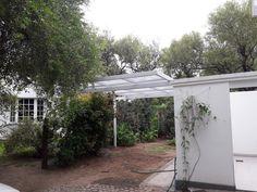 Pergola Lomas de los Carolinos Garage Doors, Photo And Video, Outdoor Decor, Plants, Home Decor, Decoration Home, Room Decor, Plant, Home Interior Design