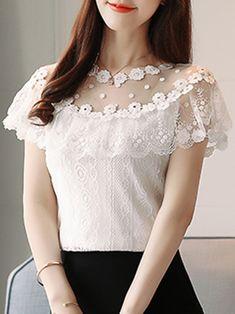 Imagen relacionada Western Dresses, Lace, Women, Fashion, Chambray, Molde, Blouse Models, Silk Blouses, Short Dresses