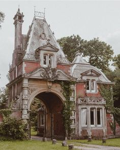 Today is and I'm sharing beautiful account today! Can you believe this pretty French Renaissance style building is a gate house? Her feed is full of beautiful buildings in England! Architecture Old, Beautiful Architecture, Beautiful Buildings, Architecture Details, Beautiful Homes, Beautiful Places, Victorian Architecture, Abandoned Houses, Abandoned Places