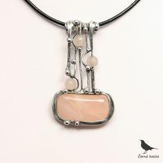 V síti (Růženín) - náhrdelník