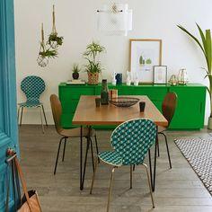 L'esprit vintage s'adapte au quotidien dans un style toujours élégant, idéal pour la cuisine ou un coin salle à manger.