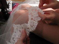 Bean In Love: make your own gorgeous mantilla veil and save hundreds! Wedding Veils, Wedding Bride, Diy Wedding, Dream Wedding, Wedding Day, Wedding Dresses, Bridal Veils, Wedding Crafts, Wedding Stuff