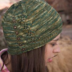 Winding Journey Hat in Arroyo, colorway Fresco y Seco