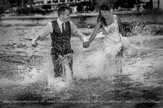 Trash the dress.... Wedding style by Ettore Colletto fotografo per matrimoni in Sicilia, Italy
