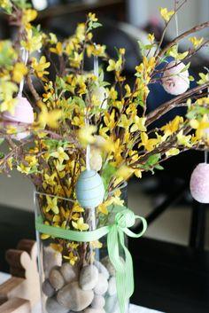 {Spring Centerpiece}