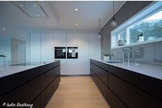 Kitchen Island, Kitchen Cabinets, House Design, Ceiling, Decoration, Home Decor, Island Kitchen, Decor, Ceilings