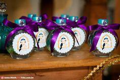 Olha que decoração linda com o tema da Princesa Jasmine!!Fofuras e mais fofuras nesta decoração.....Imagens do blog Frescurinhas PersonalizadasLindas ideias e muita inspiração.Bjs, Fabíola T... Aladdin Birthday Party, Aladdin Party, 30th Birthday, Birthday Party Themes, Birthday Gifts, Birthday Ideas, Aladdin And Jasmine, Princess Jasmine, Disney Party Decorations