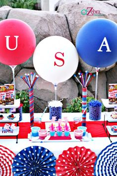 Last Minute 4th of July Party | A to Zebra Celebrations http://atozebracelebrations.com/2013/07/last-minute-4th-of-july-party.html