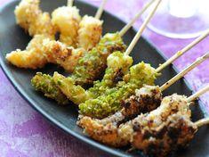 Découvrez la recette Gambas panées aux amandes, noisettes et pistaches sur cuisineactuelle.fr.