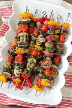 Grilled Vegetable and Mushroom Kebabs - Olga's Flavor Factory - Grillen Styla Vegetarian Skewers, Veggie Skewers, Kebabs, Vegetarian Barbecue, Kinds Of Vegetables, Different Vegetables, Skewer Recipes, Vegan Bbq Recipes, Easy Homemade Recipes