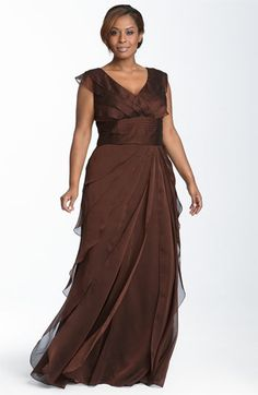 Plus size evening dresses - Adrianna Papell Iridescent Chiffon Petal Gown Plus Size evening dresses - Navy (great mother of the groom/bride dress) Evening Dresses Online, Evening Dresses Plus Size, Plus Size Dresses, Plus Size Outfits, Evening Gowns, Mob Dresses, Formal Dresses, Bride Dresses, Dresses 2013