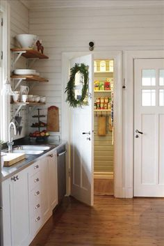 "How to Add ""Old House"" Character & Charm to Your Newer Home. we have an old house but I like the ideas here. Kitchen Decor, Kitchen Design, Kitchen Pantry, Kitchen Shelves, Kitchen Ideas, 70s Kitchen, Kitchen Walls, Studio Kitchen, Kitchen Units"