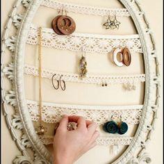Cute idea to hang earrings !