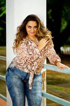 Look Jeans + Onça by Emporium Plus Size - Débora Fernandes