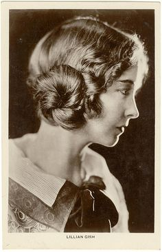 Lillian Gish- postcard