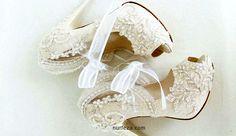 tesetturlu-gelinlik-ayakkabilari