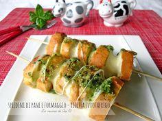Spiedini di pane e formaggio ricetta svuotafrigo molto veloce ed appetitosa per un antipasto e una merenda salata Ricetta svuotafrigo La cucina di ASI