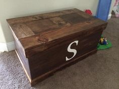 Our Toy Box | Do It Yourself Home Projects from Ana White. Might make a good Hope/Blanket chest as well.