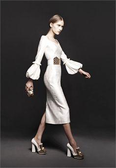 Alexander McQueen ready-to-wear Autunno Inverno 2013-14 - Vogue.it