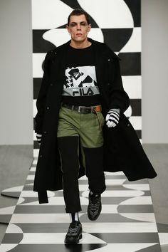 Liam Hodges   Menswear - Autumn 2018   Look 10