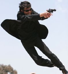 Japanese Men, Action Poses, Superstar, Actors, My Favorite Things, Guys, Movies, Rock, Fashion