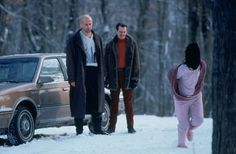In Fargo 1996 Jean's slippers are seen on the bathroom floor during the kidnapping. Later at the cabin she runs on the snow in her slippers. Did Gaer and Carl graciously retrieve them for her? Movie Gifs, Film Movie, Fargo 1996, Joel And Ethan Coen, Burn After Reading, Female Cop, Coen Brothers, Steve Buscemi, Film Images