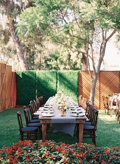 Want to know how to transform your backyard into a wedding wonderland? Scroll through our favorite 26 inspiring ideas for your dream backyard wedding!
