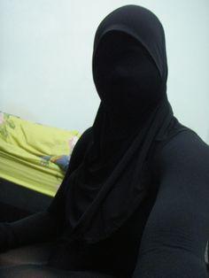 Niqab face